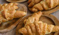 Ex-Pro Boxer Mario Melo Dies at Croissant Eating Contest