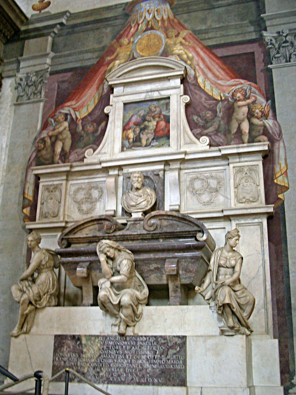 Michelangelo classical sculptures tomb florence