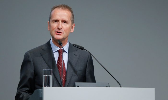 Herbert Diess, Volkswagen's new CEO, speaks during the Volkswagen Group's annual general meeting in Berlin, Germany, May 3, 2018. (File Photo/File Photo/Reuters)