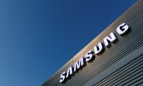 Samsung Electronics Bets on Better Second-Half After First-Quarter Profit Slumps
