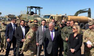 Defense Secretary Mattis Visits Troops at Border With Homeland's Nielsen