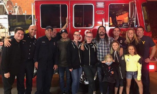Foo Fighters' Dave Grohl Delivers BBQ to Firefighters in Southern California