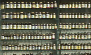Nutritional Supplements Don't Extend Life and May Have Harmful Effects, Study Warns
