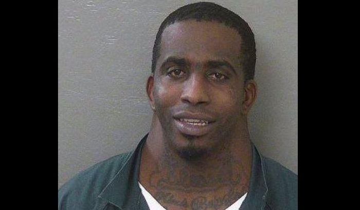 A man's mugshot went viral last week due to the size of his neck (Escambia Sheriff's Office)