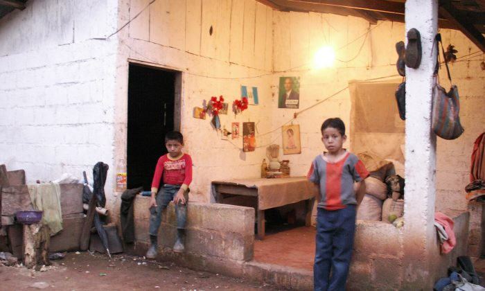 Children in a remote community of Guatemala where internally displaced people are resettled. (Courtesy of Internal Displacement Monitoring Centre)