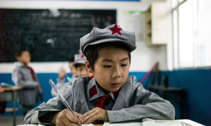 student-in-china-700x420.jpg