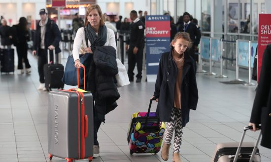 Polish Citizens Will Be Able to Travel Visa-Free to US: DHS