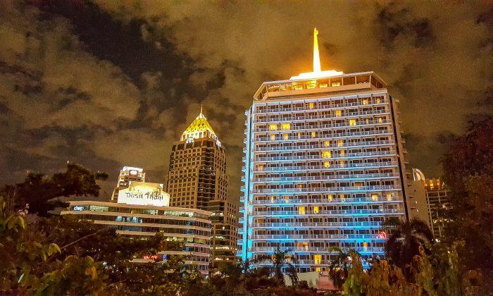 The iconic Dusit Thani hotel in Bangkok, Thailand, in December 2017. (Kamonkanok/Shutterstock)