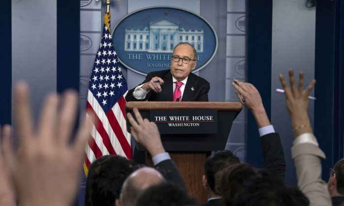 Director of the National Economic Council Larry Kudlow speaks at a press briefing at the White House in Washington on Nov. 27, 2018. (NICHOLAS KAMM/AFP/Getty Images)
