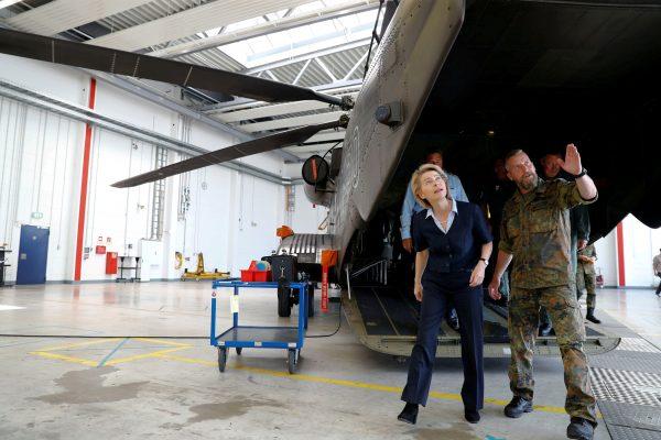 German defence minister visits air base