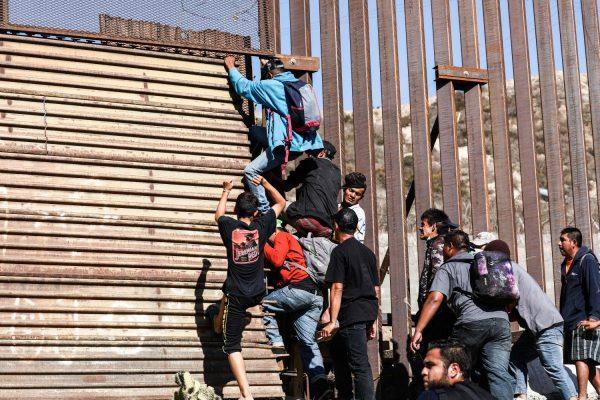Tijuana_Mexico_border_7-1200x800-1
