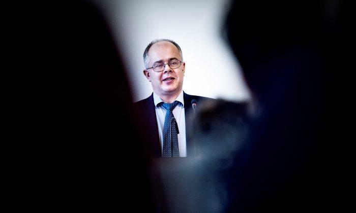 Danske Bank whistleblower Howard Wilkinson speaks at a public hearing at the Danish parliament in Copenhagen, Denmark, on Nov. 19, 2018. (Ritzau Scanpix/Liselotte Sabroe via Reuters)