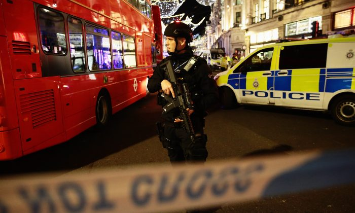 Armed police officers near Oxford Circus underground station in London on Nov. 24, 2017. (Jack Taylor/Getty Images)