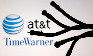 US Appeals Court Hears Arguments on Stopping AT&T Purchase of Time-Warner