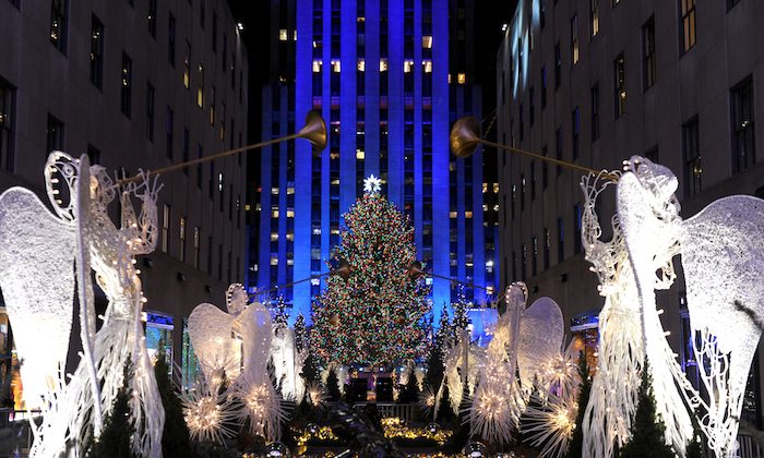 Rockefeller Center Christmas Tree, Midtown, Manhattan.