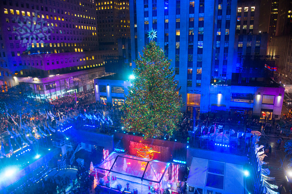 General view of atmosphere during the 83rd Rockefeller Center tree lighting 2015 on December 2, 2015 in New York City.  (Photo by Noam Galai/Getty Images)