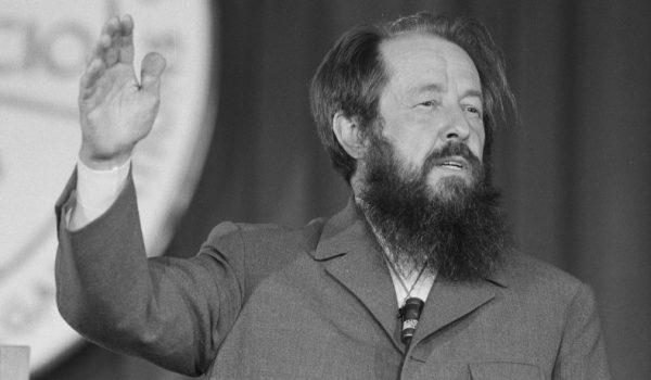 aleksandr-solzhenitsyn 1975