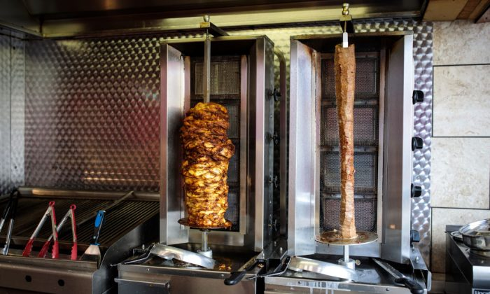 Doner kebabs sit on a rotisserie in a fast food shop in London on April 26, 2018. (Jack Taylor/Getty Images)
