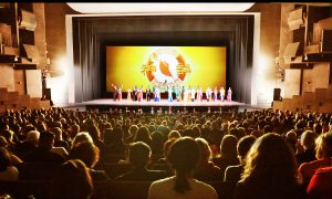 Parks & Rec Chair Says Shen Yun Inspires via the 'Heroic and Beautiful'
