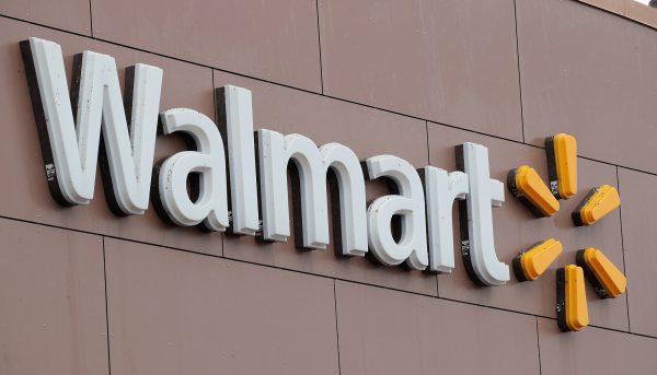 Walmart employee-fb-2