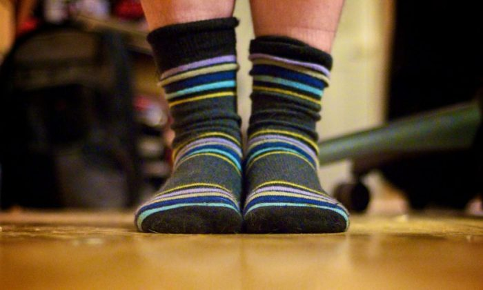 A man a China contracted a severe lung infection after smelling his own socks. (bark/Flickr CC BY 2.0)