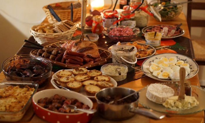 During the holidays, it is easy to eat up to double or triple our needed calories, leading to weight gain that is often permanent. (Pixabay)