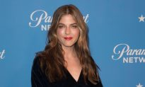 Selma Blair Brought to Tears by Her Horse After MS Keeps Her From Riding