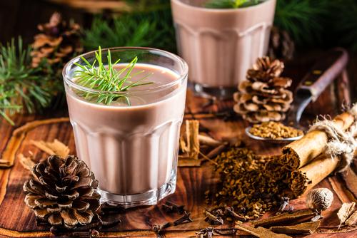 chilean alcohol Christmas drink Cola de mono