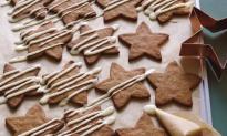 Crisp Gingerbread Stars