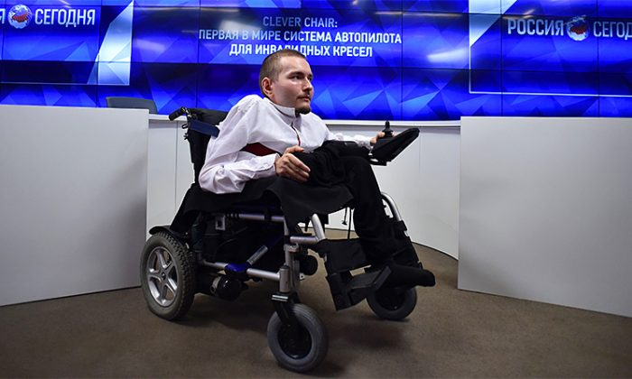 Valery Spiridonov at a press conference on 'Autopilot system for wheelchairs' on Aug. 3, 2016, in Moscow. Spiridonov was scheduled to be the first head transplant recipient, but his plans have changed. (Yuri Kadobnov/AFP/Getty Images)
