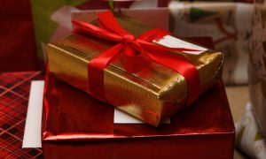 Mother, 38, Criticized for Buying Her Children Large Pile of Christmas Presents
