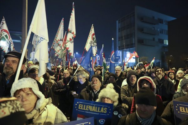 protesters rally against the Fidesz government