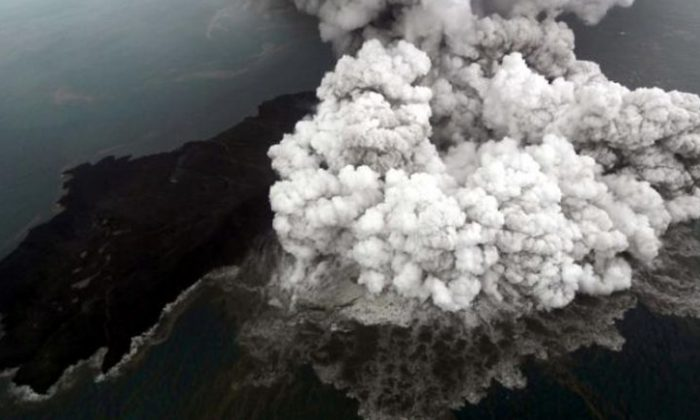 An aerial view of Anak Krakatau volcano during an eruption at Sunda strait in South Lampung, Indonesia, December 23, 2018 in this photo taken by Antara Foto. Antara Foto/Bisnis Indonesia/Nurul Hidayat/ via REUTERS