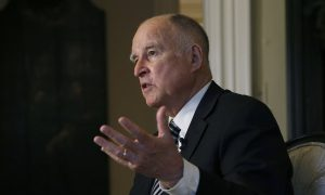 California Governor Orders New DNA Testing in Old Murder Case
