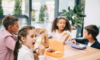 Schools Banning Parents From Lunchtime Visits