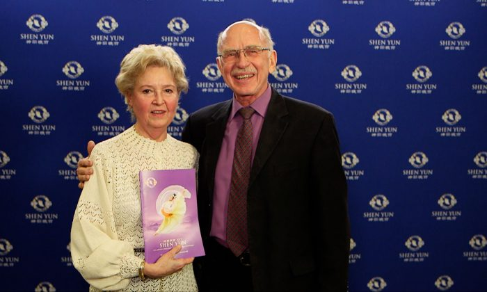 Business Development Executive Says Shen Yun Shows 'What China Has to Offer'