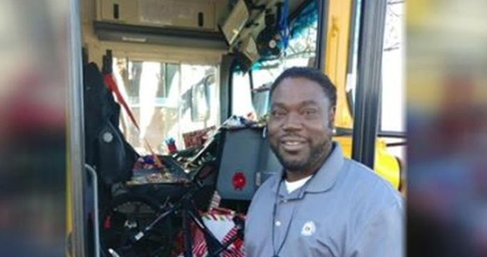A school bus driver in Dallas, Texas, bought gifts for every student on his route, according to his school district. (Facebook / Lake Highlands School)