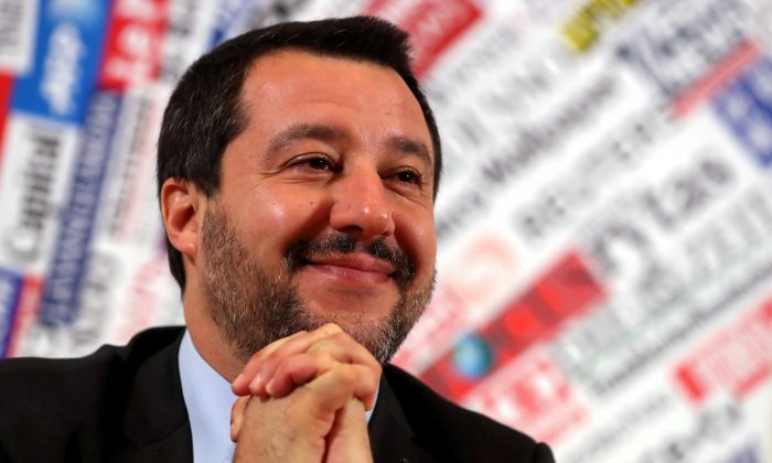 Italian Deputy Prime Minister and right-wing League party leader Matteo Salvini attends a news conference at the Foreign Press Club in Rome, Italy Dec.10, 2018. (Reuters/Tony Gentile/File Photo)