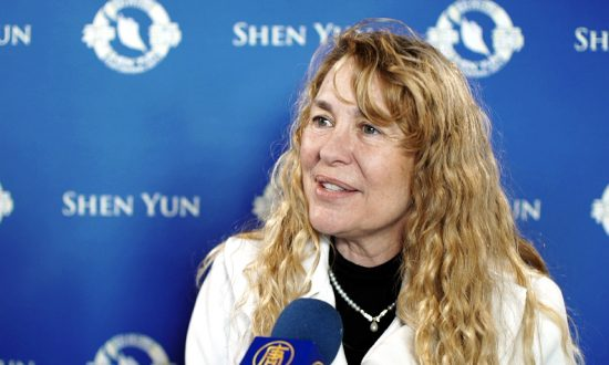 Hope That Shen Yun Will Bring Culture to China Again