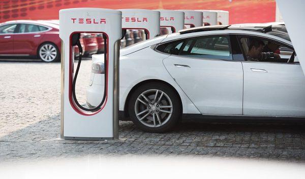 Tesla Model S charging in Shanghai