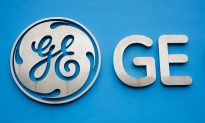 GE Investors Trickle Back as Year of Transformation Starts