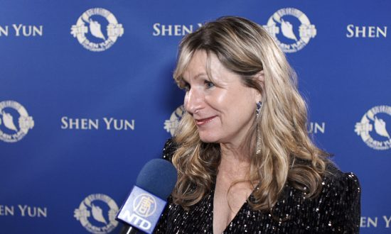 Shen Yun Dancers 'Convey the Divine,' Says Attorney