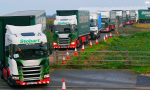 UK Stages Mass Truck Trip to Dover to 'War Game' No-deal Brexit
