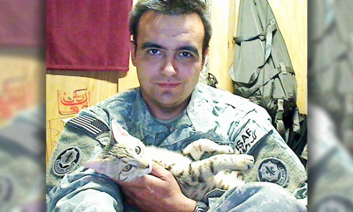 Staff Sgt. Jesse Knott and Koshka, the cat he claims saved his life when he was considering committing suicide. (Facebook | Koshka)