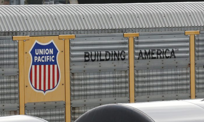 A Union Pacific rail car is parked at a Burlington National Santa Fe (BNSF) train yard in Seattle, Washington, U.S., Feb. 10, 2017.  (Chris Helgren/Reuters)