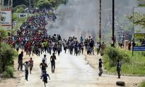 Zimbabwe Army Deploys to Disperse Fuel Protests, 13 Injured
