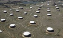 Oil Up as Industries Switch From Gas, Little Sign Supply Crunch Easing