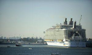 Royal Caribbean to Send Ship Full of Water, Food, Generators to Bahamas