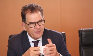 German Government Minister Raises Concerns About Chinese Loans to Zambia