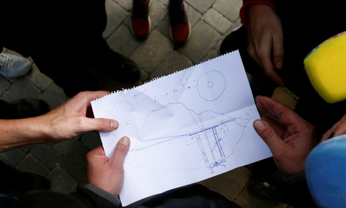 A drawing showing the area where Julen, a 2-year-old boy, fell into a deep well when the family was taking a stroll through a private estate in Totalan, southern Spain. Pictured on Jan. 17, 2019. (Reuters/Jon Nazca)